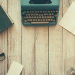 物を書くための道具と雰囲気の写真
