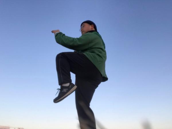 蹴りの練習或いは独立形